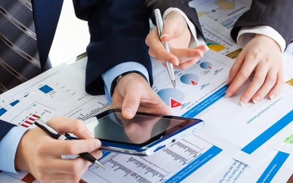 4 funzioni del CRM per aiutare i venditori a fatturare di più