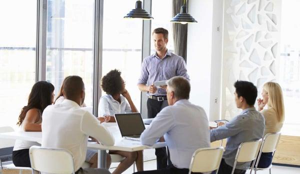 Cos'è il processo di vendita consultivo (consultantive sales process)